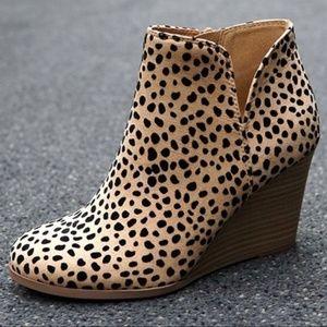Shoes - JUST RESTOCKED! 👏 Cheetah Print Wedge Booties